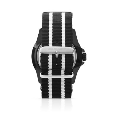 montre plastique bracelet tissu homme montre quartz maty. Black Bedroom Furniture Sets. Home Design Ideas