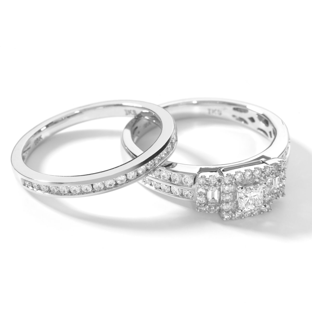 Bague et Alliance demi-tour or blanc diamant - vue VD1