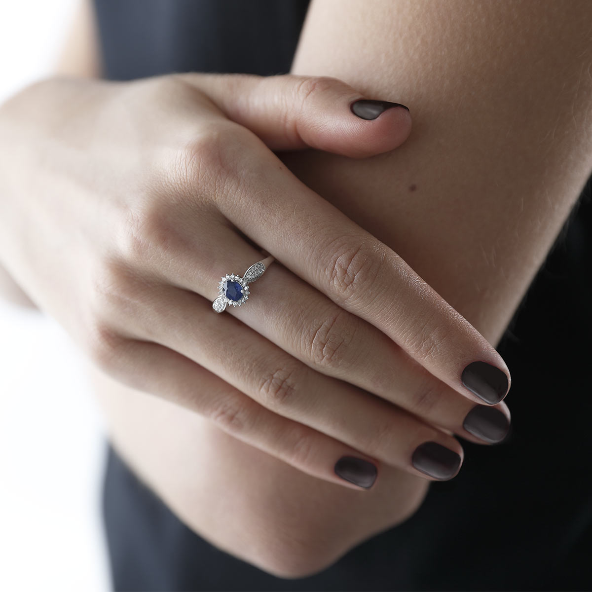 bague or 750 blanc saphir et diamant femme bague maty. Black Bedroom Furniture Sets. Home Design Ideas