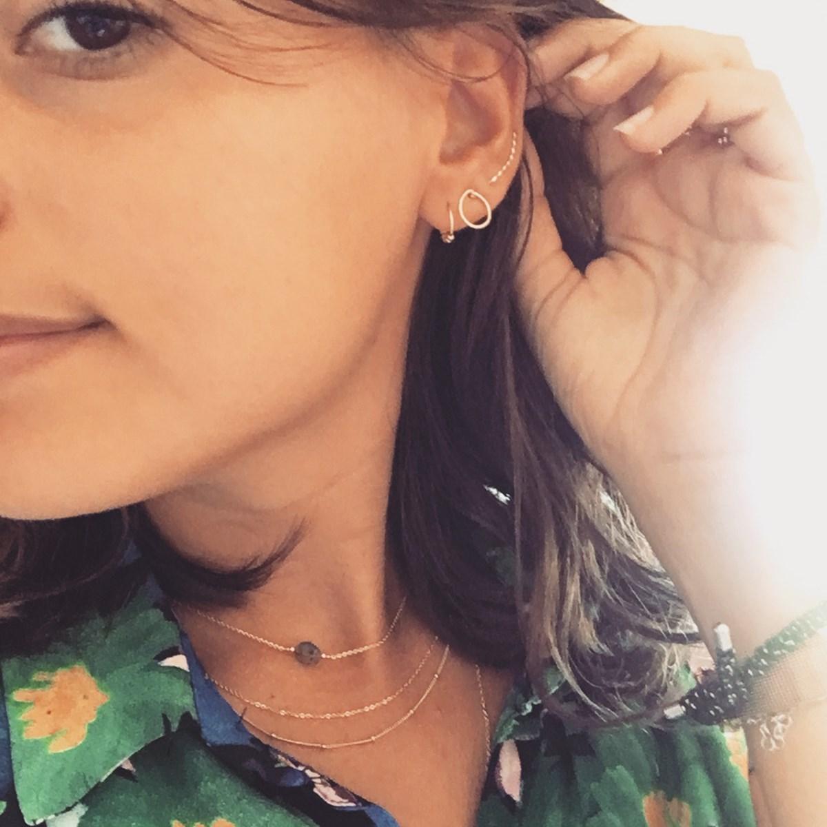 mini boucle d'oreille