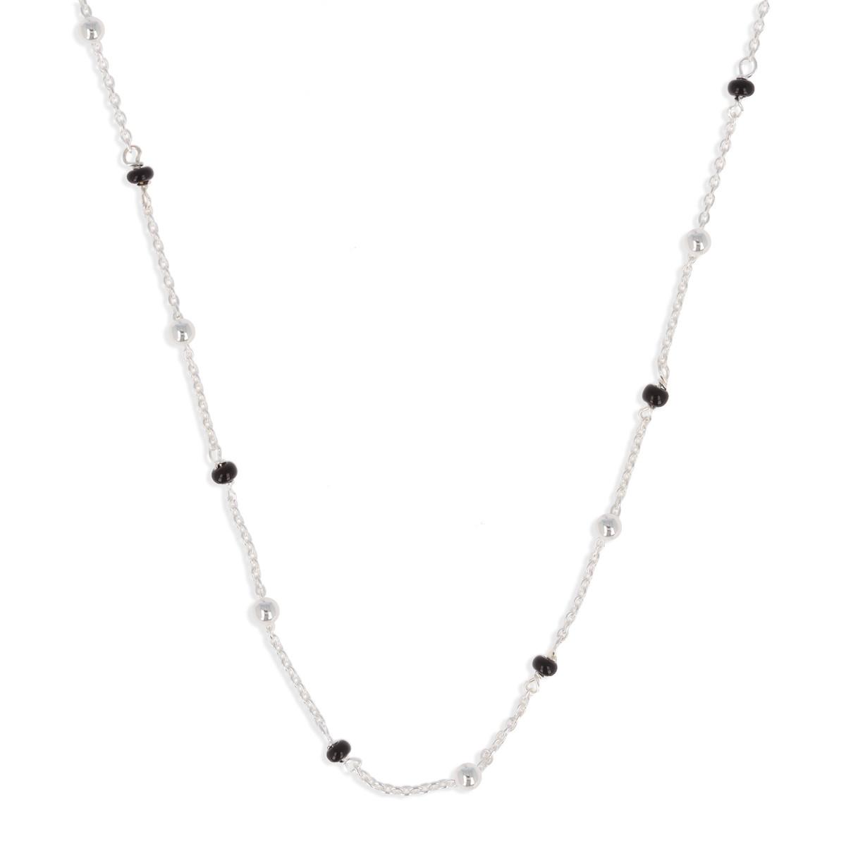 collier argent et perles