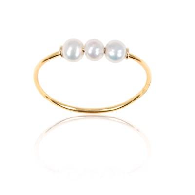 bague or jaune et perle blanche