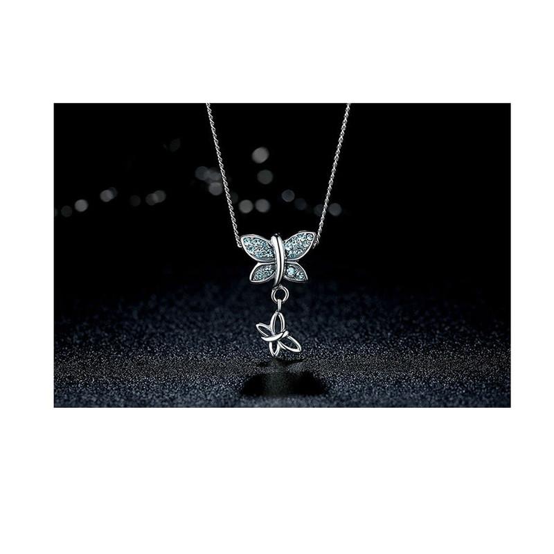 Collier Pendentif Papillon orné de Cristal de Swarovski bleu et Argent 925